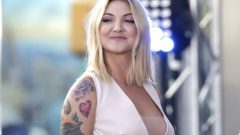 Julia Michaels – Body Measurements – Height – Weight – Eye Color – Wiki