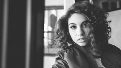 Alessia Cara – Body Measurements – Height – Weight – Eye Color