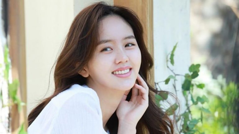 Kim So-hyun – Body Measurements – Height – Weight – Eye Color