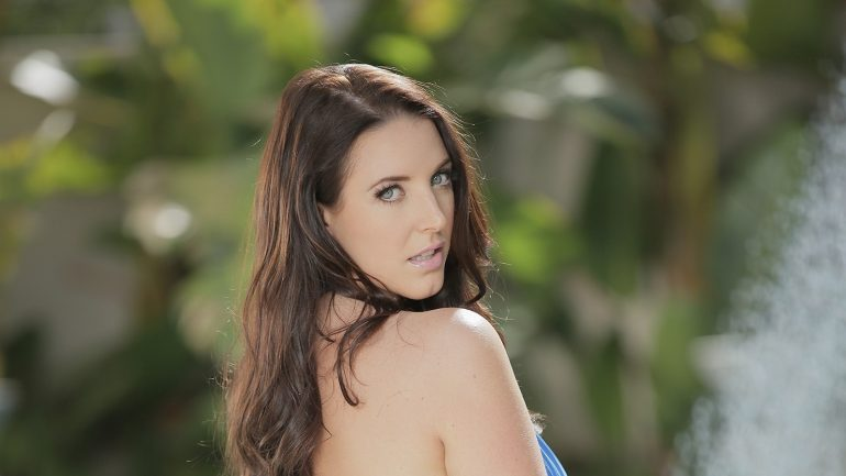 Angela White – Body Measurements – Height – Weight – Eye Color