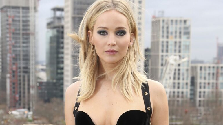 Jennifer Lawrence – Body Measurements – Height – Weight – Eye Color