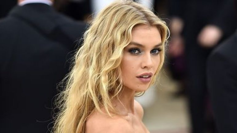 Stella Maxwell – Body Measurements – Height – Weight – Eye Color