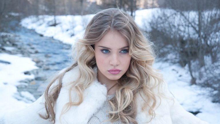 Xenia Tchoumitcheva – Body Measurements – Height – Weight – Eye Color