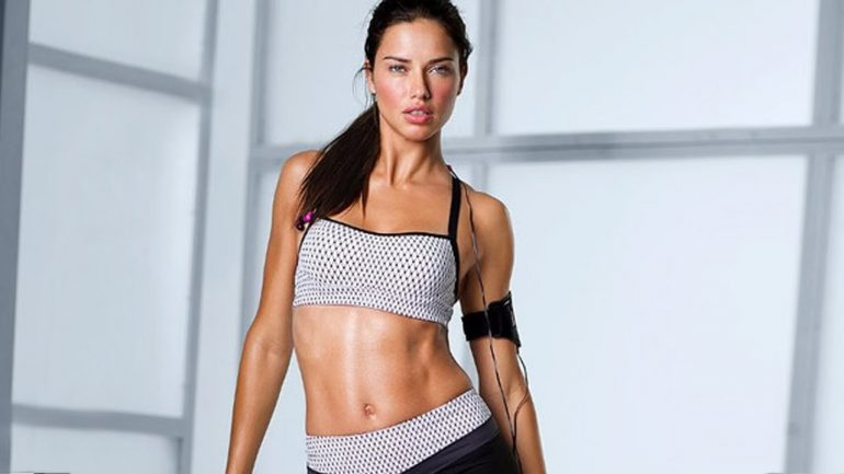 Adriana Lima – Body Measurements – Height – Weight – Eye Color