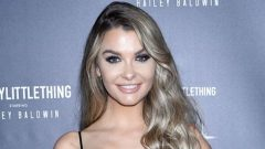 Emily Sears – Body Measurements – Height – Weight – Eye Color