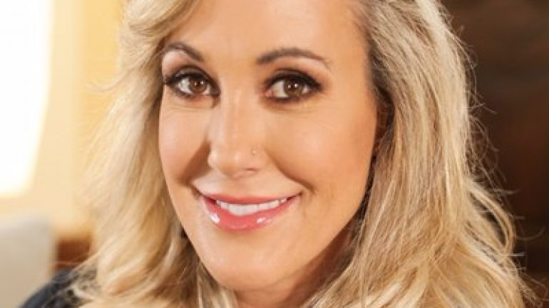 Brandi Love – Body Measurements – Height – Weight – Eye Color
