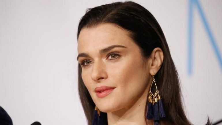 Rachel Weisz – Height – Weight – Body Measurements – Eye Color