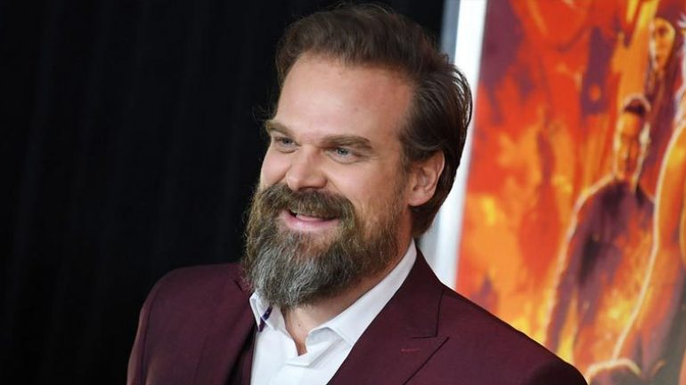 David Harbour – Height – Weight – Eye Color