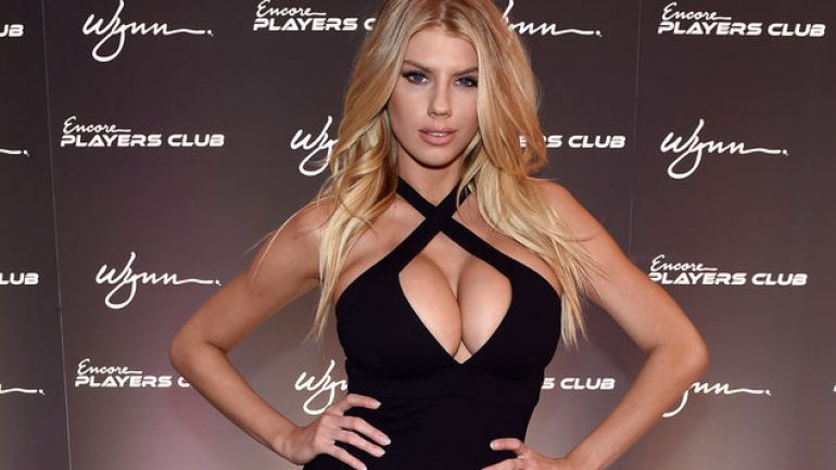 Charlotte McKinney – Height – Weight – Body Measurements – Eye Color