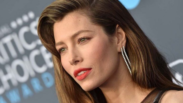 Jessica Biel – Height – Weight – Body Measurements – Eye Color