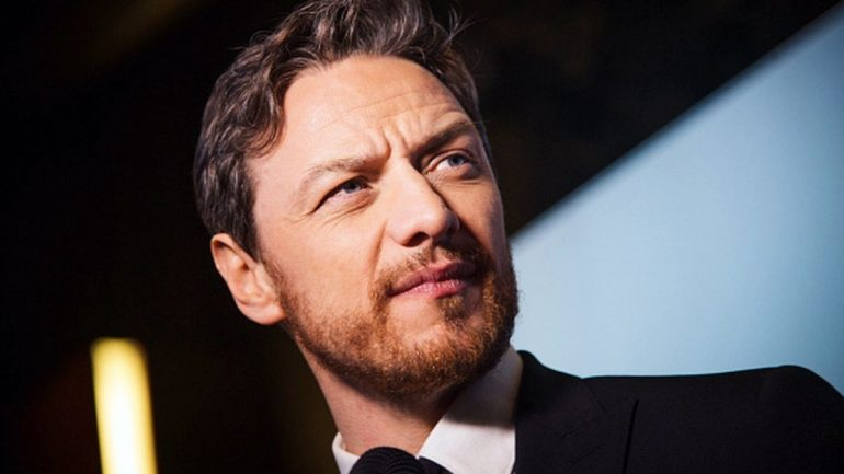 James McAvoy – Height – Weight – Body Measurements – Eye Color