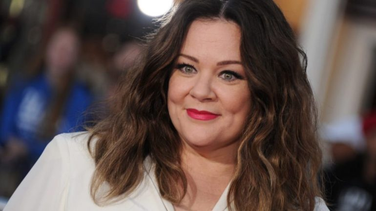 Melissa McCarthy – Height – Weight – Body Measurements – Eye Color