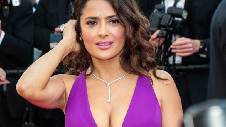 Salma Hayek – Height – Weight – Body Measurements – Eye Color