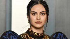 Camila Mendes – Height – Weight – Body Measurements – Eye Color – Wiki