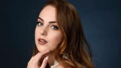 Elizabeth Gillies – Height – Weight – Body Measurements – Eye Color – Wiki