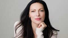 Laura Prepon – Height – Weight – Body Measurements – Eye Color