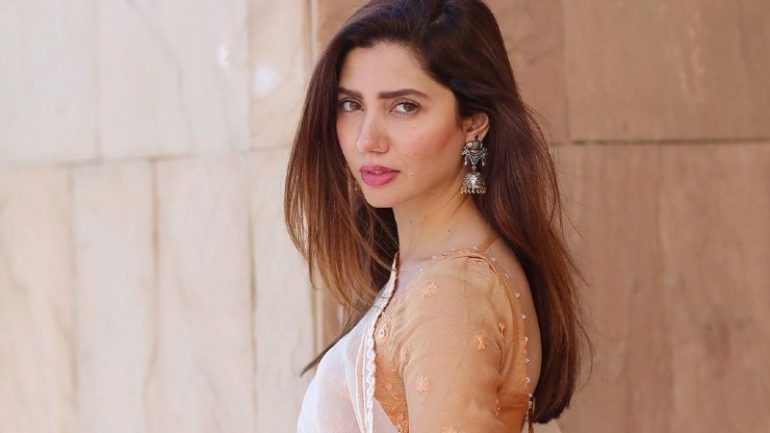 Mahira Khan – Height – Weight – Body Measurements – Eye Color