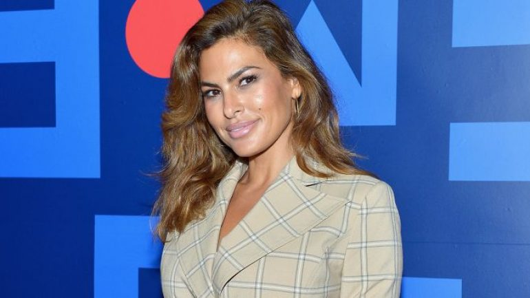 Eva Mendes – Height – Weight – Body Measurements – Eye Color