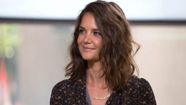 Katie Holmes – Height – Weight – Body Measurements – Eye Color – Wiki