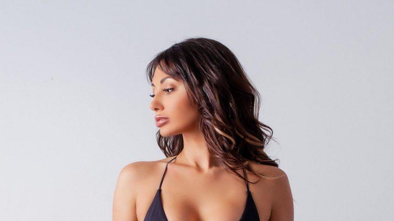 Francesca Farago – Height – Weight – Body Measurements – Eye Color