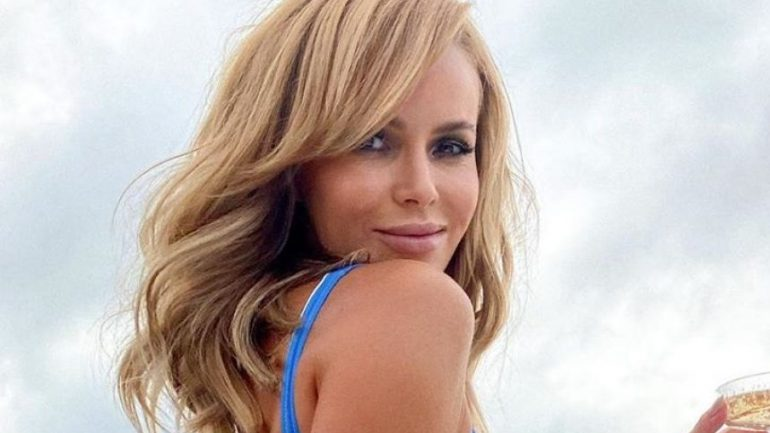 Amanda Holden – Height – Weight – Body Measurements – Eye Color
