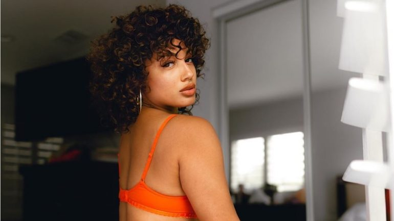 DaniLeigh – Height – Weight – Body Measurements – Eye Color