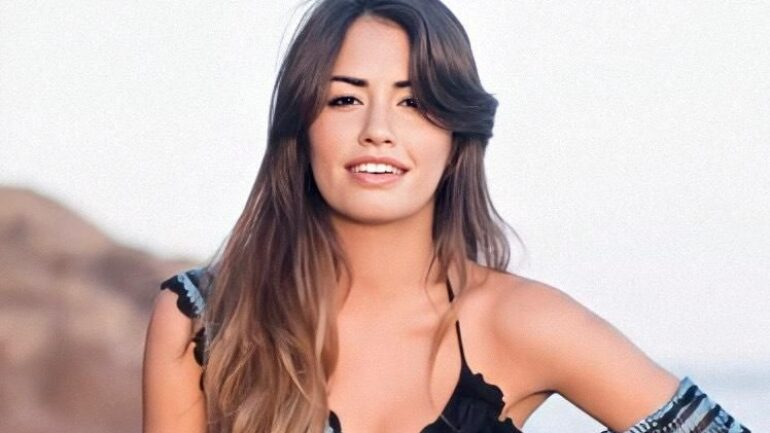 Lali Espósito – Height – Weight – Body Measurements – Eye Color