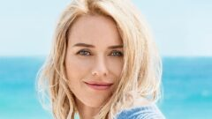 Naomi Watts – Height – Weight – Body Measurements – Eye Color – Bio