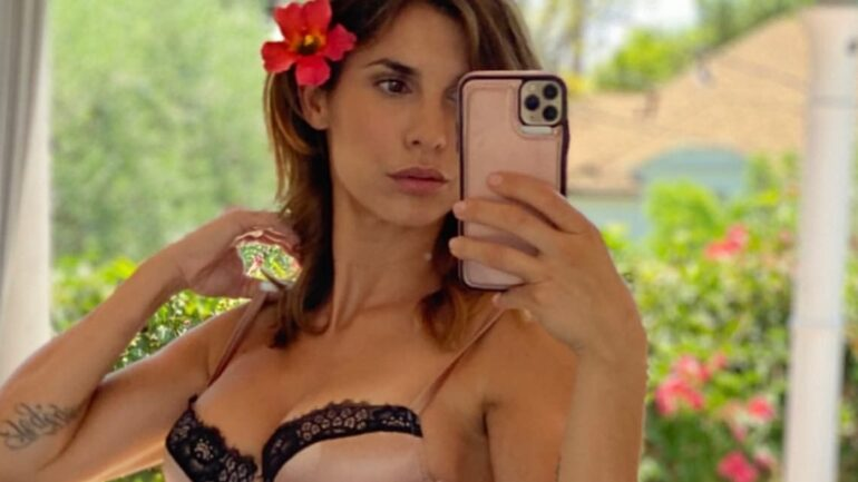 Elisabetta Canalis – Height – Weight – Body Measurements – Eye Color