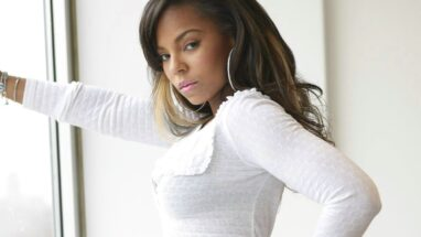 Ashanti – Height – Weight – Body Measurements – Eye Color