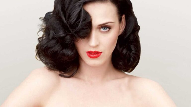 Katy Perry Biography, Facts, Favorite Things, Boyfriends, Favorite Color