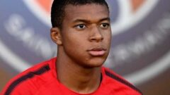 Kylian Mbappé Height – Weight – Body Measurements – Eye Color