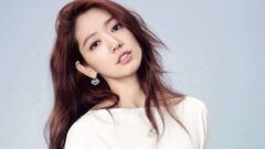 Park Shin-hye Height – Weight – Body Measurements – Eye Color